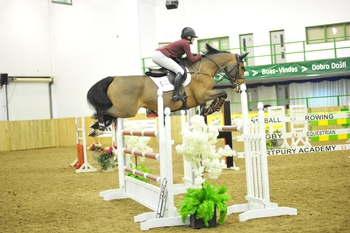 Georgia Tame tops The Champagne Cave Winter Grades B & C Qualifier at Hartpury University